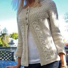 Ravelry: shadystroll's Shalom Cardi - free pattern chunky cream cardigan w/ cable panels and round yoke Knitting Patterns Free, Knit Patterns, Free Knitting, Free Pattern, Knitting Stitches, Knitting Sweaters, Sweater Patterns, Cardigan Pattern, How To Purl Knit