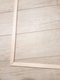 Transform a classic door into a workshop door - We love deco - Office Classic Doors, Interior Decorating, Workshop, Diy, Home Decor, Transparent, Armoire, Budget, Industrial