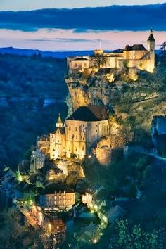We were in Rocamadour during the daylight hours, so didn't get to see this amazing sight. France