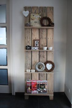 Mooi groot wandpaneel van 210 cm bij 65 cm, zelf gemaakt van pallethout. https://www.facebook.com/pages/De-oude-Weegschaal/509803965705946