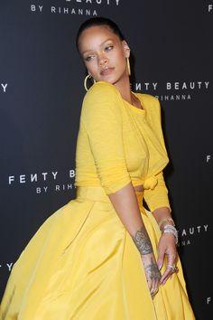 Rihanna attends the Fenty Beauty by Rihanna Launch. (September 7, 2017)|Pinterest :badgalririiii