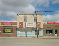 Dewdney Avenue, Regina, Saskatchewan, August 17, 1974. Photo by Stephen Shore.