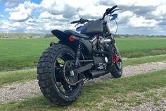 "Harley Davidson Sportster 1200 • Scrambler • Dirt Tracker • Flat Tracker • Bobber   Harley Davidson - custom built • Sportster 1200  • Shaw Speed and Custom style • S&S Shorty Super ""E"" Carburetor • K&NPerformance Air Intake System • MCS wide tire kit XL  • Le Pera • Continental TKC80 Twinduro 180/55-17 & 120/70-17 • 3 in 1 smoke taillight • Daymaker koplamp headlight / angel eye • Koni shocks • Upside down • Tokico • Bar end blinkers • Koso side mount"