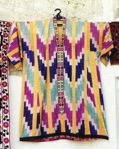 Uzbek style clothing