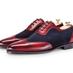 Would you say yes to these two toned oxfords from J.Fitzpatrick? Via Jeremy Ryan // MNSWR style inspiration || #mnswr #menswear #mensfashion #mensstyle #style #sprezzatura #sprezza #styleformen #bespoke #mentrend #gentlemen #shoes #mensshoes...