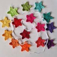 *LolaIsHooked* Rainbow Star Garland