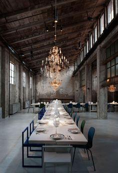 Industrial-Dekadenz im italienischen Hier und Jetzt: das Restaurant Carlo e Camilla in Mailand.