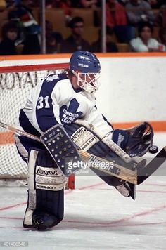 ken-wregget-of-the-toronto-maple-leafs-makes-the-save-against-the-picture-id461486546 (405×612) Hockey Goalie, Hockey Games, Ice Hockey, Maple Leafs Hockey, F4u Corsair, Nfl Fans, Toronto Maple Leafs, Ol, Universe