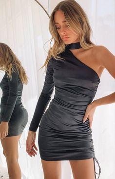 Hoco Dresses, Tight Dresses, Dance Dresses, Sexy Little Black Dresses, Black Outfits, Dress Black, Anastasia, Edgy Dress, Aesthetic Clothes