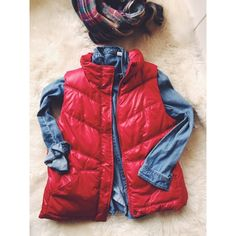 Old Navy Red Puffy Vest Bring some bright and comfy cheer to your wardrobe with this cozy puffy vest from ON! Perfect over a chambray and a plaid scarf! Brand new, tags still attached. Old Navy Jackets & Coats Vests
