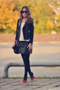 #Emily Salomon | Bloggers Delight  Leather Skirts #2dayslook #fashion #LeatherSkirts  www.2dayslook.com