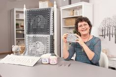"""It's my newest Annie's crochet video class: """"Learn Filet Crochet Using Thread and Yarn! Filet Crochet is such… Crochet Classes, Crochet Videos, Annie's Crochet, Filet Crochet, Online Video, Creative Skills, Learning, Projects, Crafts"""