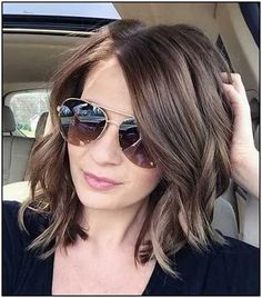 Shoulder-Length Spiraled Bob - 50 Wavy Bob Hairstyles – Short, Medium and Long Wavy Bobs for 2019 - The Trending Hairstyle Messy Bob Hairstyles, Medium Bob Hairstyles, Short Bob Haircuts, Straight Hairstyles, Haircut Short, Layered Haircuts, Latest Hairstyles, Thick Wavy Haircuts, Over 40 Hairstyles
