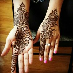 A henna tattoo or also know as temporary tattoos are a hot commodity right now. Somehow, people has considered the fact that henna designs are tattoos. Henna Hand Designs, Mehandi Designs, Mehandi Design For Hand, Mehndi Designs Finger, Mehndi Designs Book, Mehndi Designs For Beginners, Mehndi Design Pictures, Mehndi Designs For Fingers, Latest Mehndi Designs