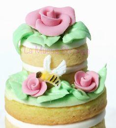 http://lamuccasbronza.blogspot.com  cookie cake