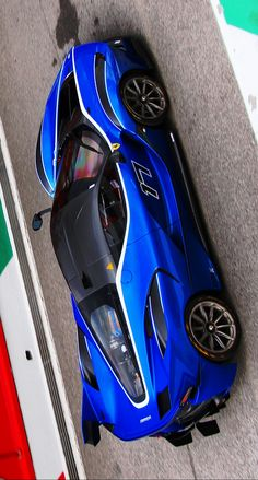 (⊙⊙) Damn, Ferrari FXX-K are BadAss