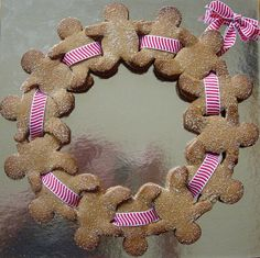 DIY Gingerbread Men Wreath https://www.retailpackaging.com/categories/74-everyday-specialty-ribbon #christmas #holidays #desserts