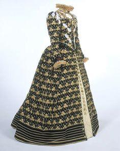 Queen Elizabeth 1st 'Phoenix' costume, BBC c1970 by anneboleynsite, via Flickr