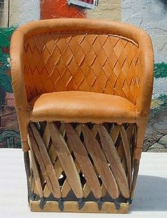01-JZ 22  Equipale Cushioned Chair