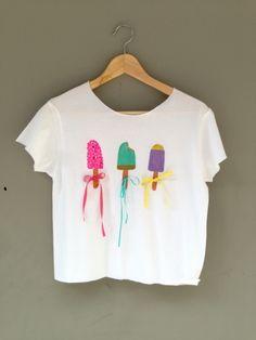 παιδικό ζωγραφισμένο μπλουζάκι, στολισμένο με κορδέλες μέγεθος:10ετών