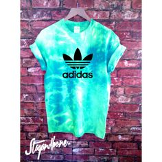 Unisex Authentic Adidas Originals Tie Dye Teal T-Shirt ($46) ❤ liked on Polyvore featuring tops, t-shirts, teal, women's clothing, tie dye t shirts, blue tee, logo t shirts, short sleeve tee and blue t shirt