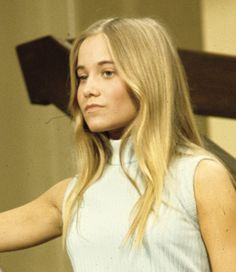 Maureen McCormick, 1972, I use to admire her long hair.