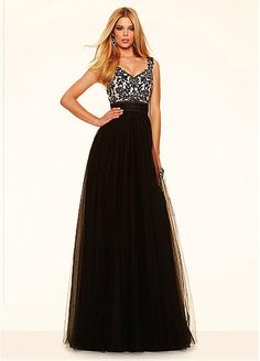 Fabulous Tulle V-neck Neckline A-line Evening Dresses With Embroidery