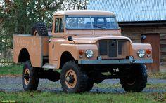 Land Rover 127 Heavy Duty pickup prototype