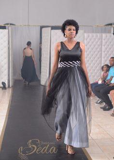 Vestido Negro con Falda de Tul