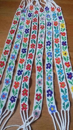 All 8 wide - Folkloreschmuck Loom Bracelet Patterns, Bead Loom Bracelets, Bead Loom Patterns, Beaded Jewelry Patterns, Friendship Bracelet Patterns, Beading Patterns, Loom Bands, Native American Beadwork, Accesorios Casual