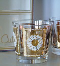 Gold Medallion Cutler Glasses Set of 8. Vintage barware. MindenShop on Etsy. Perfect for holiday entertaining!