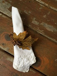 Set of 4 fall napkin rings with an autumn by LilyPadsAndSunshine