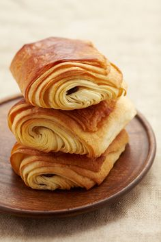Gontran_Chocolate-Croissant-WF.jpg 1024×1535 pixels