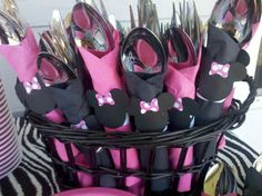 Minnie mouse party - Click image to find more DIY & Crafts Pinterest pins