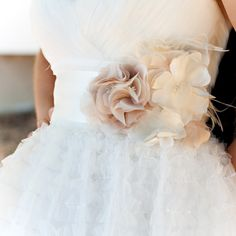 ♥ https://itunes.apple.com/us/app/the-gold-wedding-planner/id498112599?ls=1=8 'How to plan a wedding' iPhone App ... Your Complete Wedding Guide  ♥ http://pinterest.com/groomsandbrides/boards/ for wedding ideas ♥  #pinned ... with love