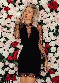 Chic black dress with pearls Elegant Dresses, Pretty Dresses, Sexy Dresses, Beautiful Dresses, Evening Dresses, Fashion Dresses, Short Dresses With Sleeves, Classy Dress, Classy Outfits