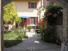 Comfortable and well equipped cottage with garden and Bella Vista