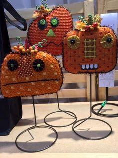 Punkins needlepoint (pumpkins)