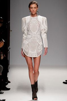 Balmain SPRING 2013 READY-TO-WEAR white and wonderful.