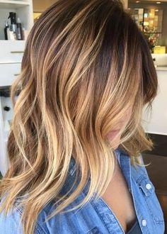 capelli biondi balayage