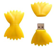 Food shaped USB drives are good fun. Techno Gadgets, Gadgets And Gizmos, Electronics Gadgets, Usb Drive, Usb Flash Drive, Apple Products, Baby Products, Cute School Supplies, Flash Memory