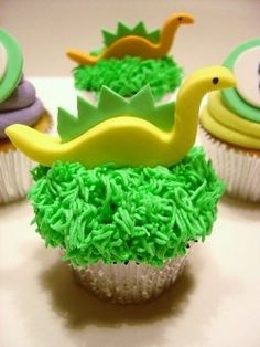Are you looking for Dinosaur cakes and cupcakes supplies and decorating ideas? If you are you will be glad you found this page.    Dinosaur cakes...