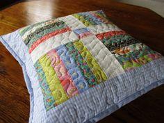 Gesteppte Throw Pillow, Mini Flickenteppich, Kinderzimmer Kissen, hell blau Kissen, Kindes Kissen, kleinen Tisch Mat, Sofa-Kissen, benutzerdefinierte Steppung