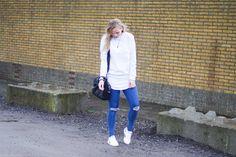 Deze gavesporty outfit kwamen wij tegen op de blog 1310bynora van Annora. Die wilden we natuurlijk maar al te graag met jullie delen in deStyleguards Community! Stoere looks zijn iets wat jullie op Styleguards waarschijnlijk nog niet echt tegen zijn gekomen, dus weer even een totaal andere look vandaag. Ripped jeans maken je outfit al gauw stoer, en met een…
