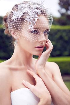 Windsor-Bridal-Jewellery-Headpiece - birdcage netting . Photo by 35mm Wedding Photography