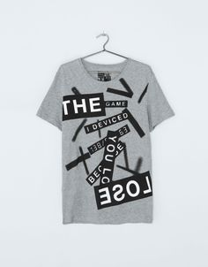 Bershka United Kingdom - Text print T-shirt Casual Sporty Outfits, Men Casual, Shirt Print Design, Shirt Designs, Sweater Shirt, Shirt Outfit, Cool T Shirts, Tee Shirts, Cool Graphic Tees