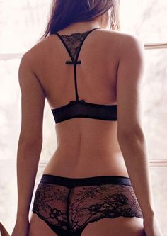Marie Jo's Morgane collection with the Push Up Halter Bra and Hotpant