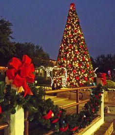 Stockyards Christmas Tree, Texas