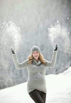 snowy winter fun! #maternity photography