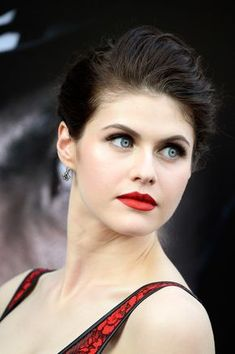 Alexandra Daddario Red Lipstick - Makeup Lookbook - StyleBistro